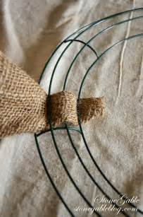 how to make a burlap wreath with two colors burlap wreath tutorial stonegable