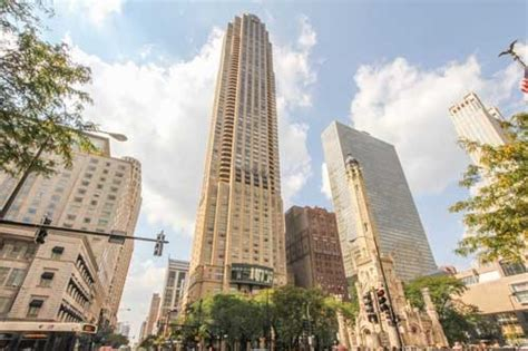 Sale Chicago by Park Tower 800 N Michigan Ave Condos For Sale Browse