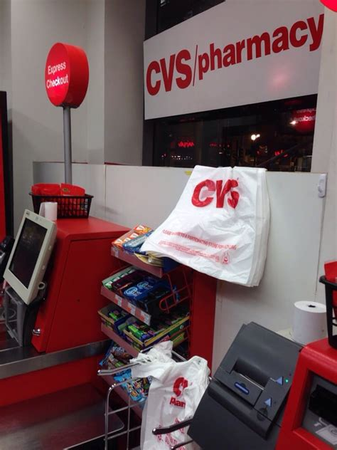 Cvs Chicago Pharmacist With Mba by Cvs Pharmacy Drugstores The Loop Chicago Il