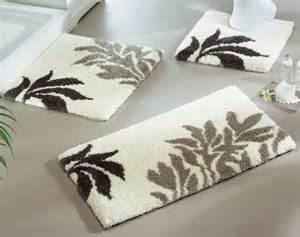 designer bathroom rugs alison bocarro fashionable bathroon rugs and mats