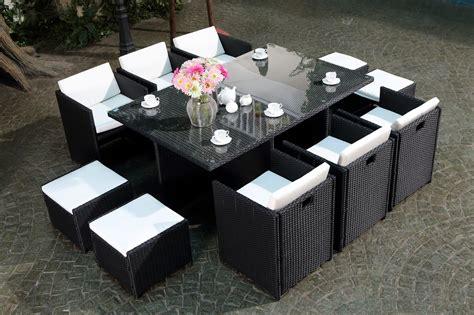 table de jardin resine blanche table de jardin 10 places r 233 sine tress 233 e 6 fauteuils 4 poufs miami