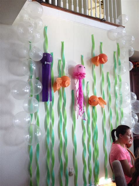 How To Make Crepe Paper Lanterns - 25 best ideas about tissue paper lanterns on