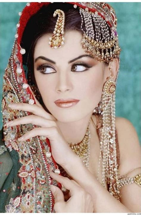25  best ideas about Jhumar on Pinterest   Dulhan pic