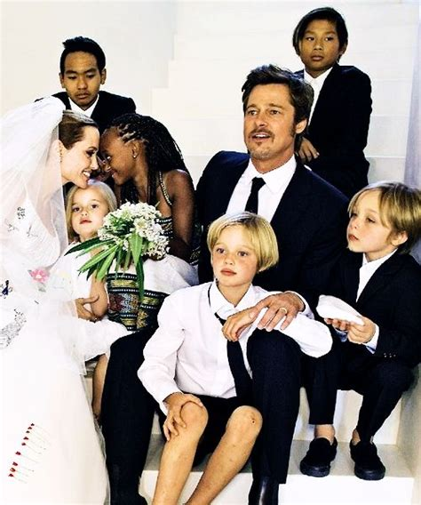 Pitt And Will Adopt Child Number Four by Brad Pitt And Vœux On