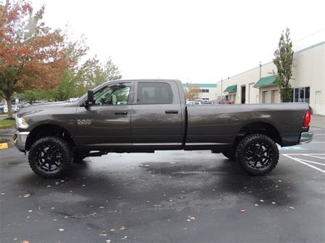 2015 Ram 2500 4X4 / 6.7L Diesel / 6 SPEED / LIFTED / 6000