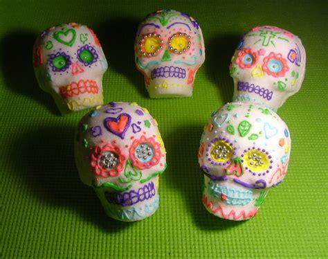 sugar skull candy skull day dia de los muertos day of the dead horror novel reviews