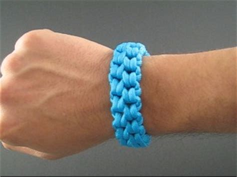 ripcord bracelet 10 new knot by jd of tying it all together