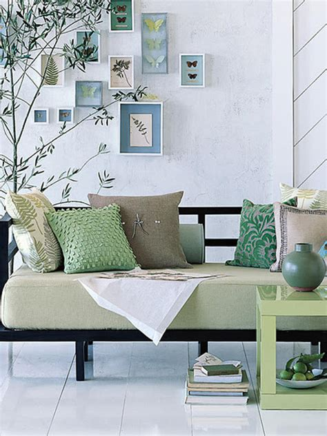 daybed ideas modern furniture daybeds 2013 ideas from hgtv