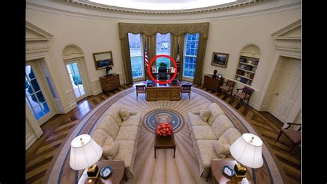 in oval office the secret of trs oval office desk