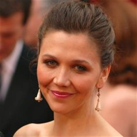 Maggie Gyllenhaal Breastfeeds In by 10 Who Practice Attachment Parenting