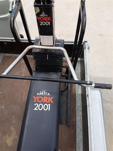 troc echange banc de musculation york 2001 sur troc
