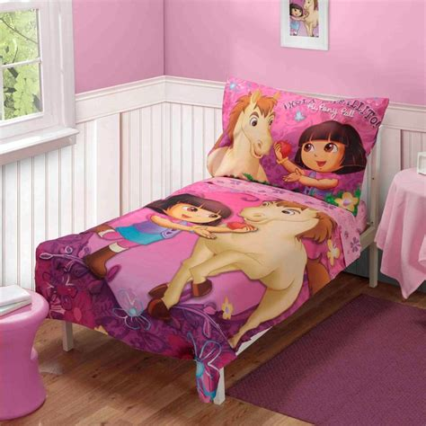 dora toddler bed set 17 best images about dora kinder quilts on pinterest