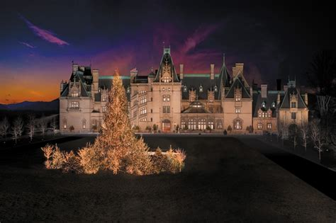 christmas arrives at biltmore pursuitist