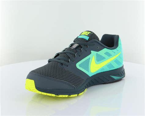 Sepatu Nike Zoom Fly nike zoom fly wakawakasports