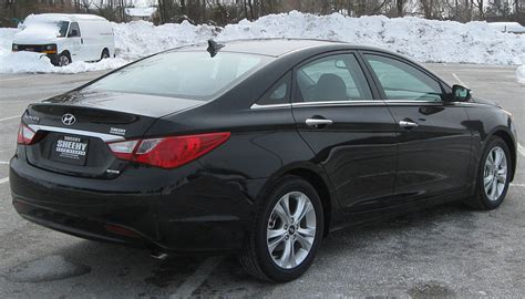 books on how cars work 2011 hyundai sonata seat position control file 2011 hyundai sonata limited rear 02 13 2010 jpg wikimedia commons
