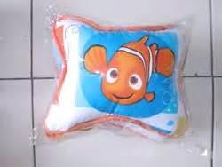 Karpet Karakter Nemo bantal mobil jual bantal mobil grosir bantal mobil