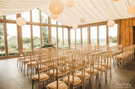 Trevenna: Barn Wedding Venue in Cornwall