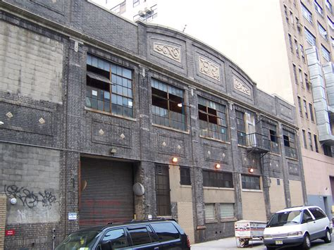 Garage News Paradise Garage The Club Where Larry Levan Defined The