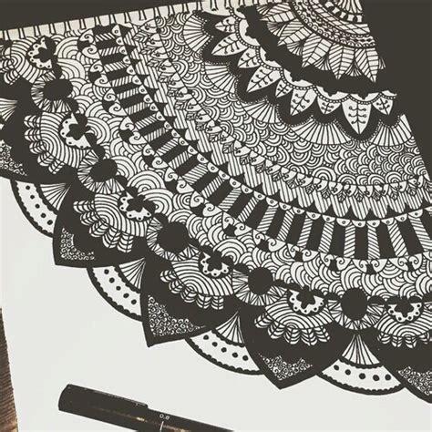 imagenes de mandalas hipster tumblr arte blanco dibujo mandalas negro image 3757222 by