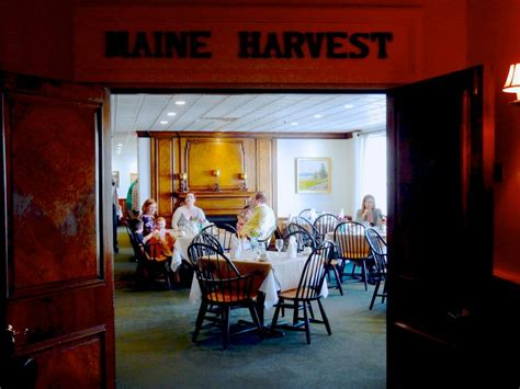 harraseeket inn maine dining room freeport me shop till you drop in upscale new england