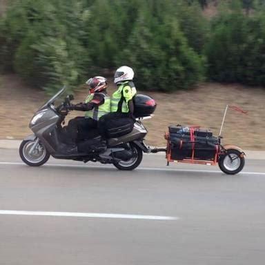 motosiklet roemork ile otoyoldan gecis suerprizi