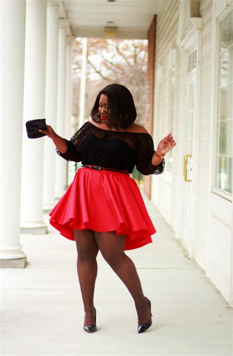 Shapely Chic Sheri   Plus Size Fashion and Style Blog for Curvy Women: Red Alert
