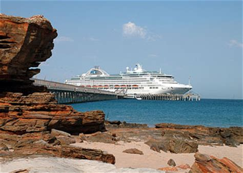 cruises to broome, australia | broome cruise ship arrivals