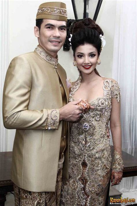 download mp3 chrisye baju pengantin 1000 images about kebaya pengantin on pinterest wedding