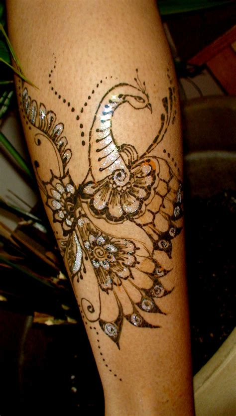 tattoo appeling 20 charming peacock henna tattoo