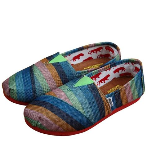 Sepatu Kanvas Kain penjualan panas baru 2014 musim semi mode flat shoes sepatu kasual wanita sepatu bersol lembut