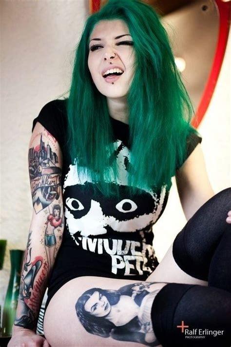 tattoo girl rock 17 tattooed punk girls who rock tattoos artists