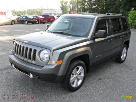 gray jeep patriot 2011 jeep patriot latitude x 4x4 in mineral gray metallic