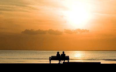 puisi cinta singkat romantis menyentuh hati  kekasih