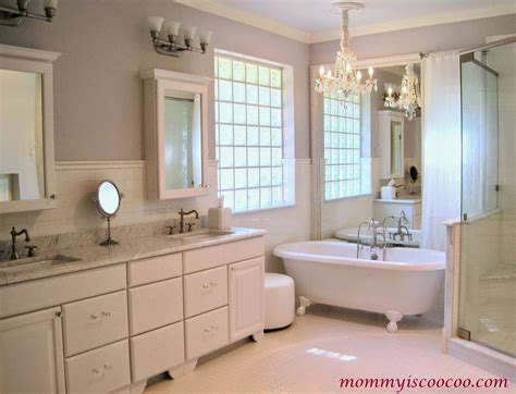 builder grade bathroom mirror remodelaholic how to remove and reuse a large builder