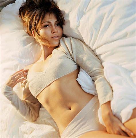 photos romantic hot hot and romantic actress jennifer lopez hot photos