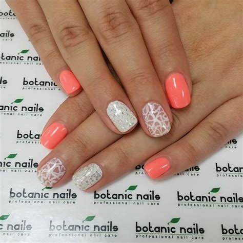 Simple Nail Patterns by Simple Nail Designs With Glitters