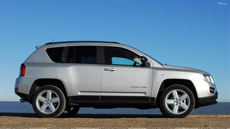 silver jeep compass side pose of 2011 jeep compass uk in silver wallpaper