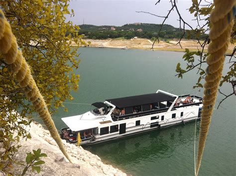devils cove austin boat rental austin boat rentals luxury boat rentals on lake travis