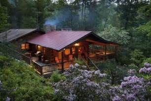 Rent A Cabin In The Woods Cedar Log Cabin In The Woods 2 Fireplaces Vrbo