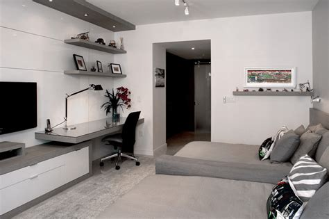 diplomat residence modern bedroom miami  troy