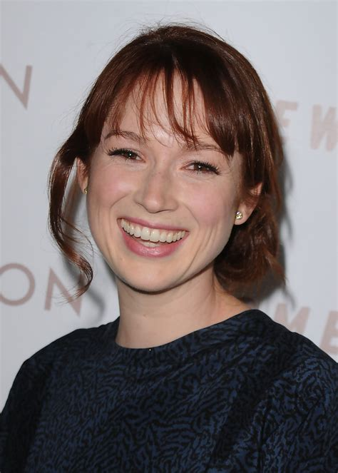ellie kemper might need to steal her hair color lovely ellie kemper loose bun ellie kemper updos looks