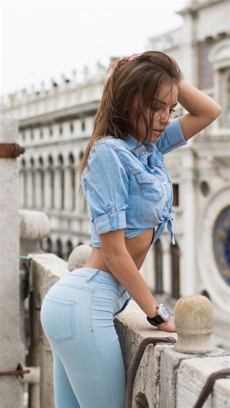 creative wallpaper girl jeans hot blue jeans girl