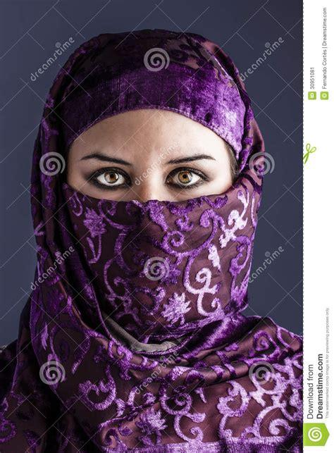 Imagenes Mujeres Arabes Con Velo | mujeres 225 rabes con velo tradicional ojos intensos
