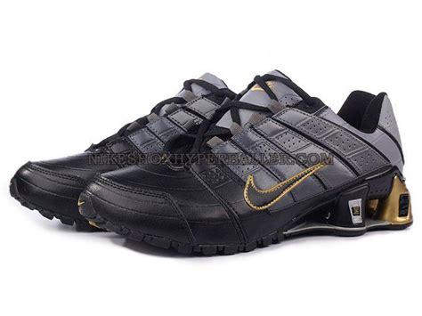 nike steel toe shoes womens steel toe nike shox progress
