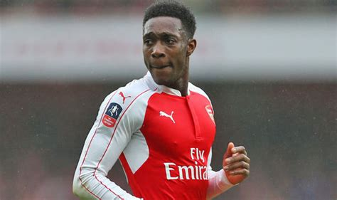 arsenal team news danny welbeck scores penalty as arsenal arsenal striker danny welbeck will prove man utd wrong