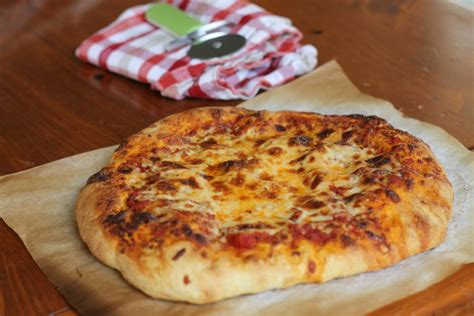 Handmade Pizza - pizza we like two cook