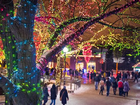 2018 christmas light displays in chicagland in chicago 2018 guide including festive things to do