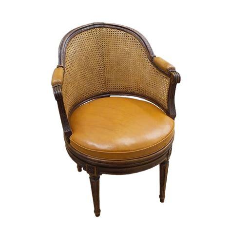 fauteuil de bureau louis xvi fauteuil de bureau tournant d 233 poque louis xvi estill 233
