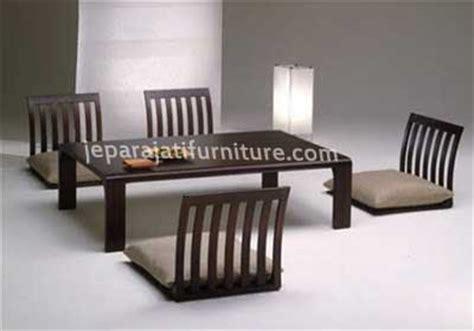 Meja Belajar Ligna detail produk meja makan jepara dengan kursi bar bed