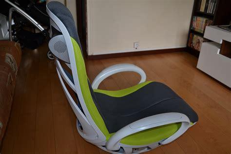 fauteuil multimedia test table de lit a roulettes